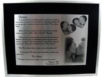 Placa de homenagem pessoal comemorando 1 ano de namoro.