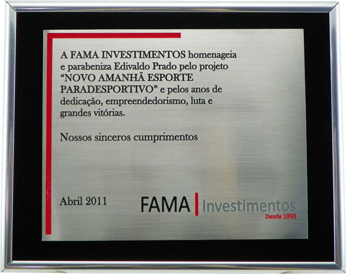 """Placa de homenagem por realização de projeto denominado """"NOVO AMANHÃ ESPORTE PARADESPORTIVO"""""""