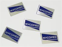 Etiquetas metálicas para identificação de equipamentos e mobilizados de empresas.