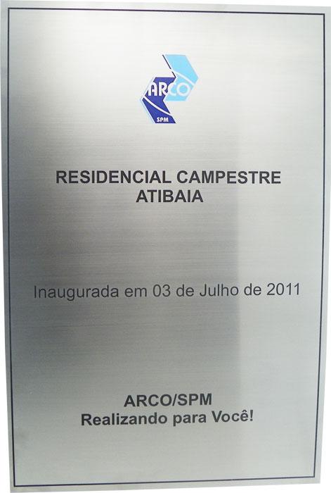 Placa de inauguração do Residencial Campestre Atibaia em 03 de julho de 2011.