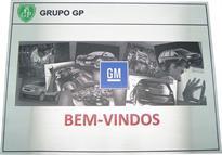 """Placa de sinalização para recepção com a mensagem """"BEM-VINDOS"""""""