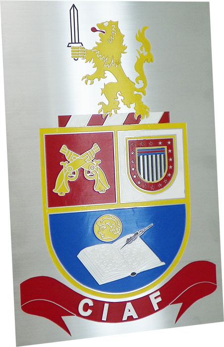 Placa de sinalização para recepção com brasão da CIAF.