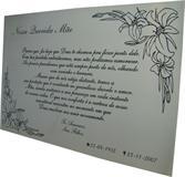Placa para jazigo com bela mensagem dos filhos para falecida mãe.