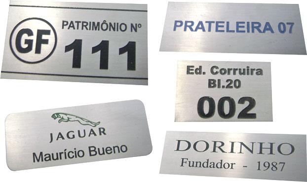 Etiquetas metálicas para identificação