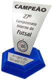Troféu clube medindo 22cm de altura com gravação e plaqueta de identificação medindo 12x4,5cm